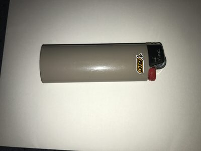 Large grey lighter - Product - en