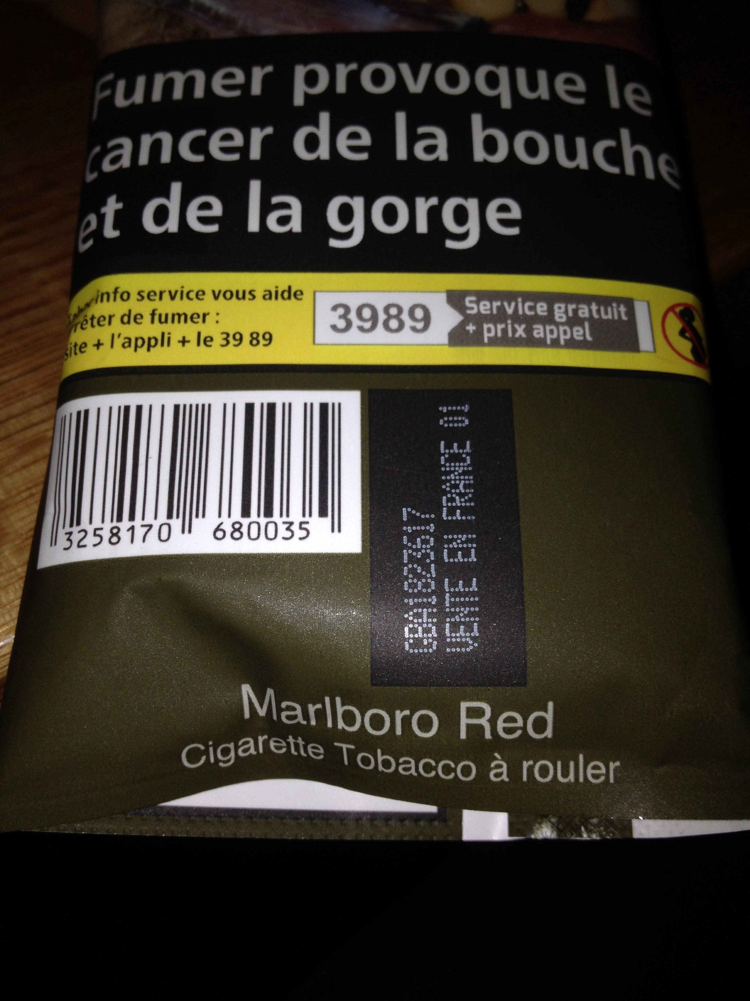 Cigarette tabacco a rouler - Product - fr