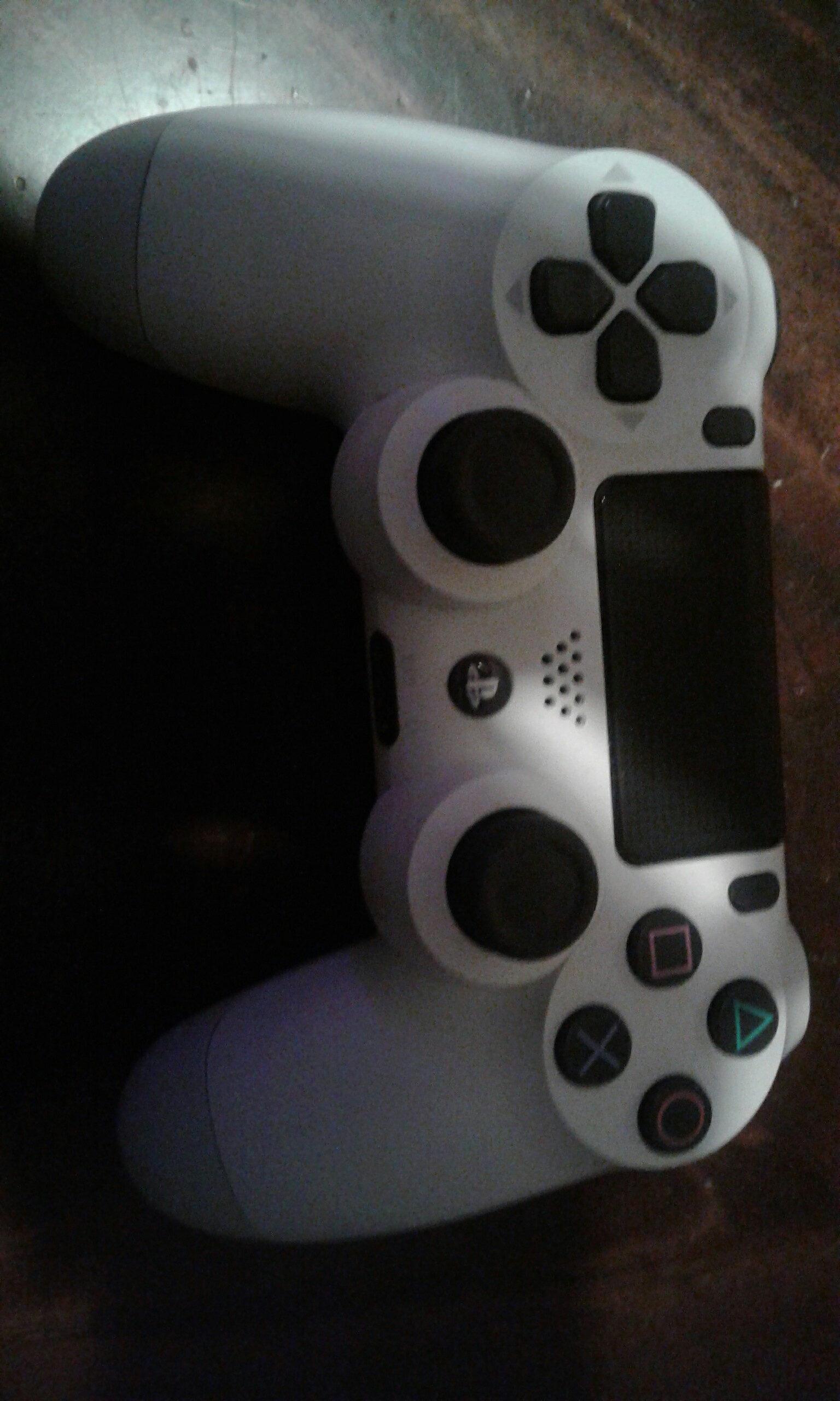 manette PS4 - Produit