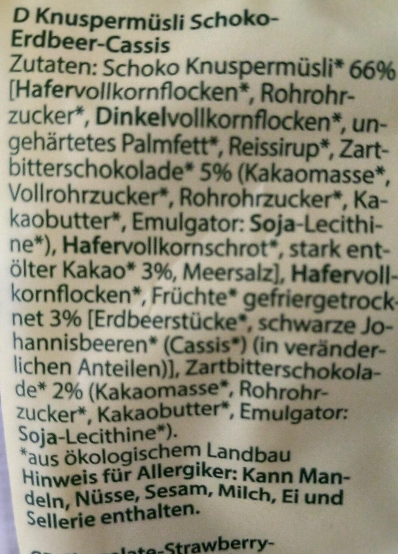 Schoko Erdbeer Cassis Knusper Muesli - Ingredients
